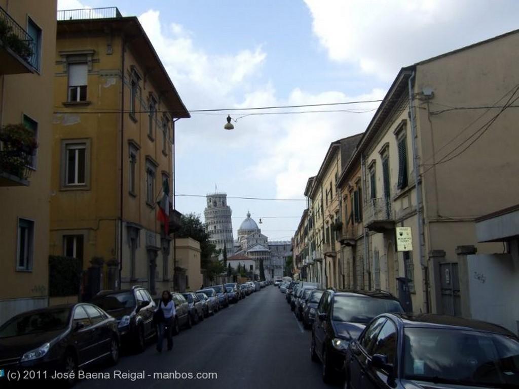 Pisa Baratijas para turistas Toscana