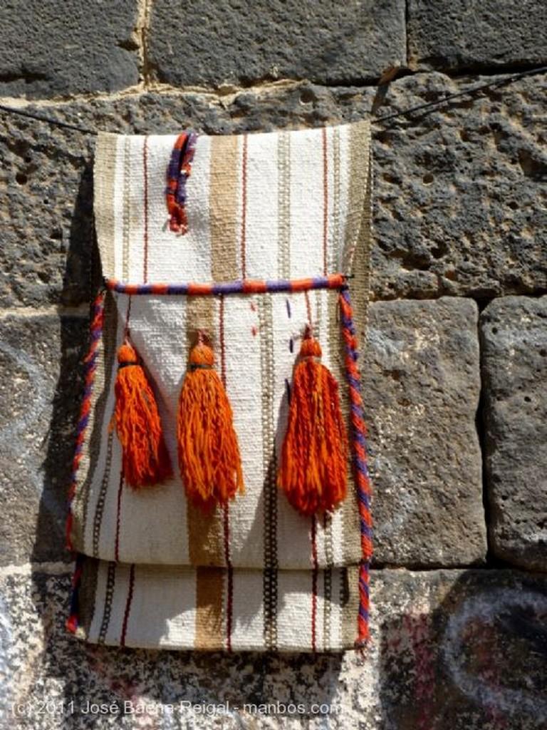 Bosra Taller artesano en las ruinas Dera