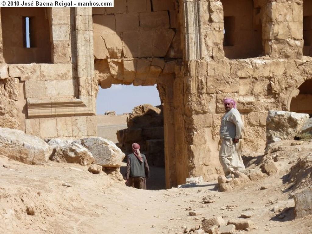 Rusafa Capitel original, S. VI d.C. Raqqa