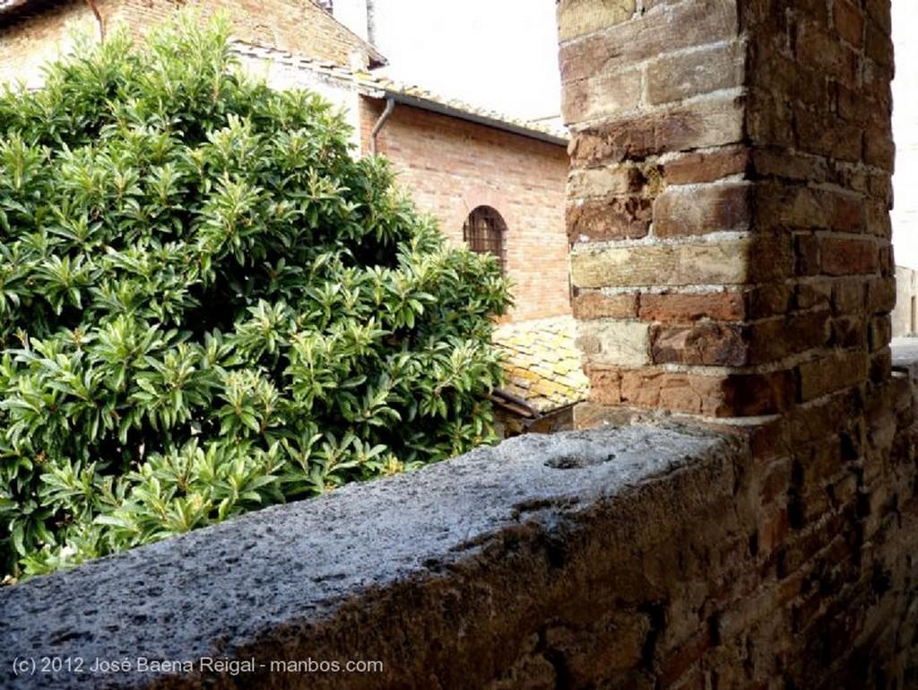San Gimignano Arco dei Becci Siena
