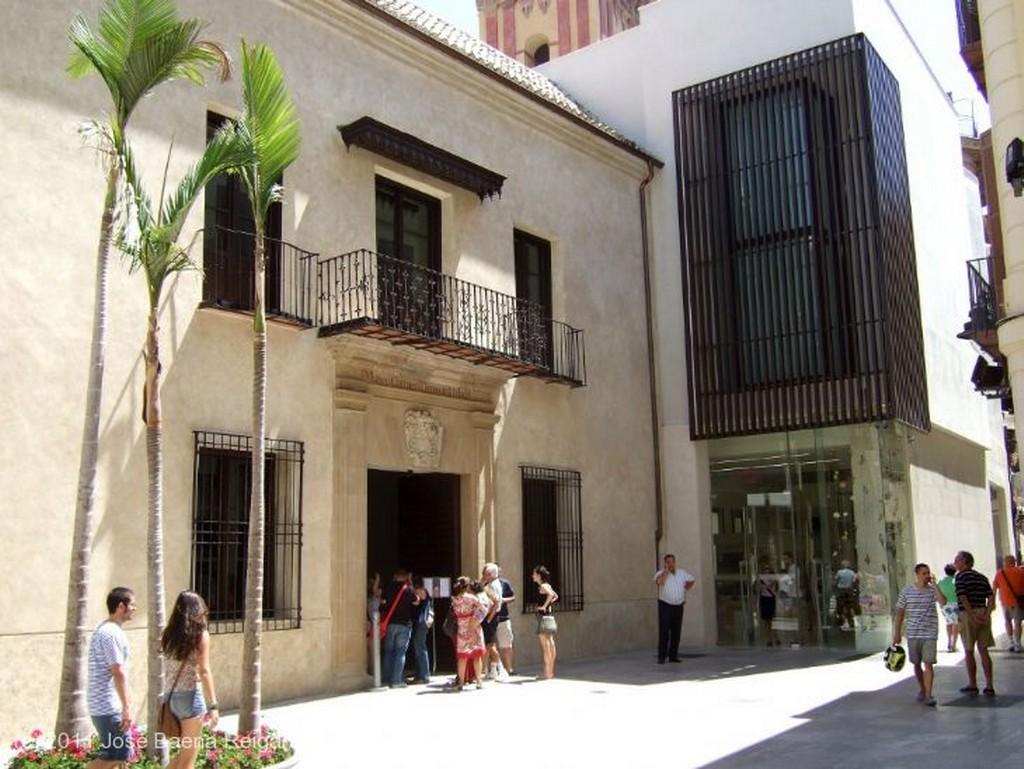 Malaga Detalle de la portada Malaga