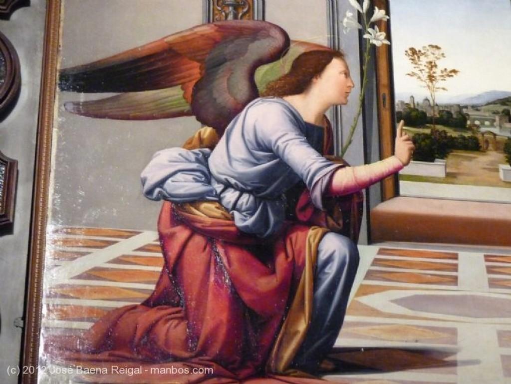 Volterra Madonna e Bambino Pisa