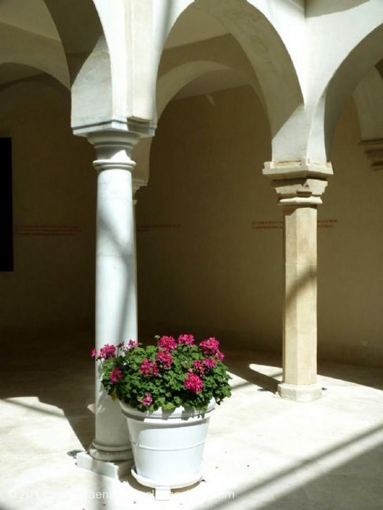 Malaga Columna y escalera Malaga
