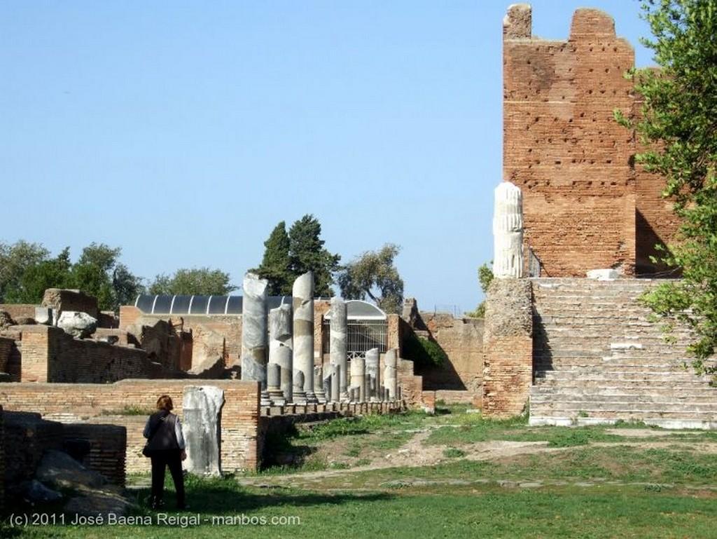 Ostia Antica El aprendiz de arqueologo Roma