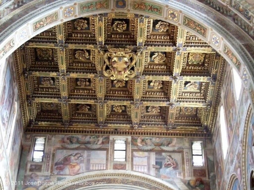 Pisa Portada interior Toscana