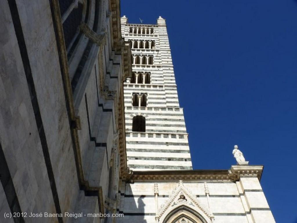 Siena Equilibrio de formas Toscana