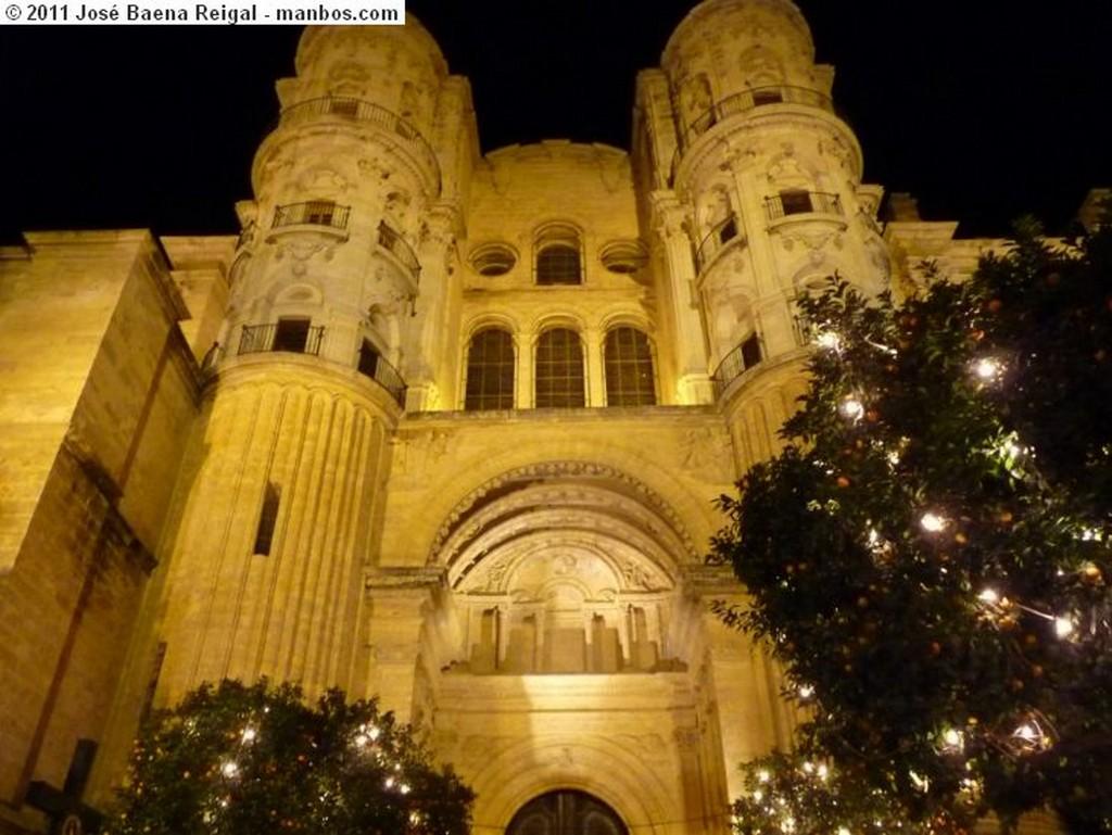 Malaga Paso por la Alameda Principal Malaga