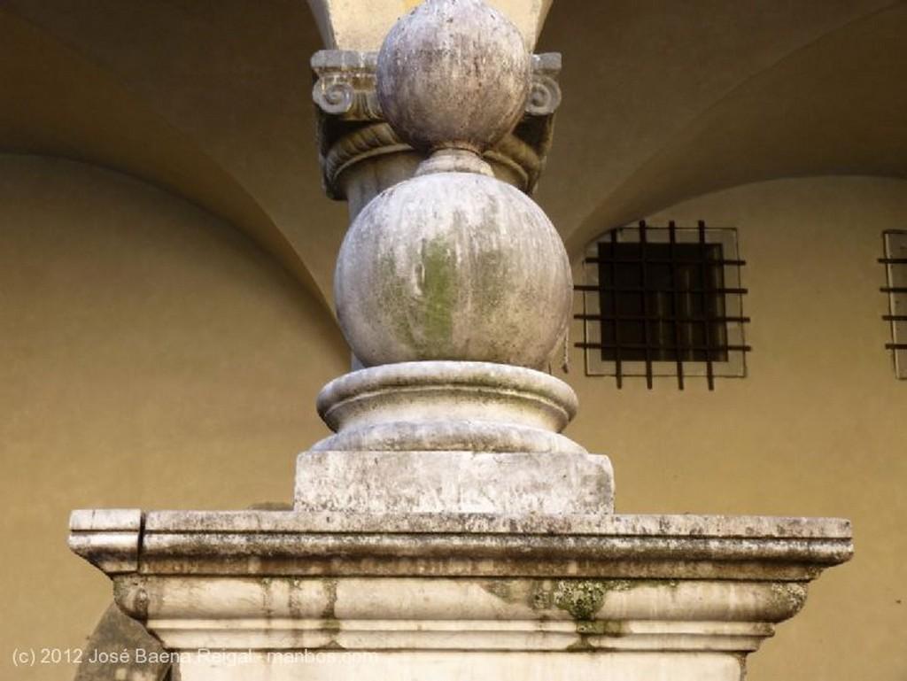 Pisa Arcada pisana Toscana