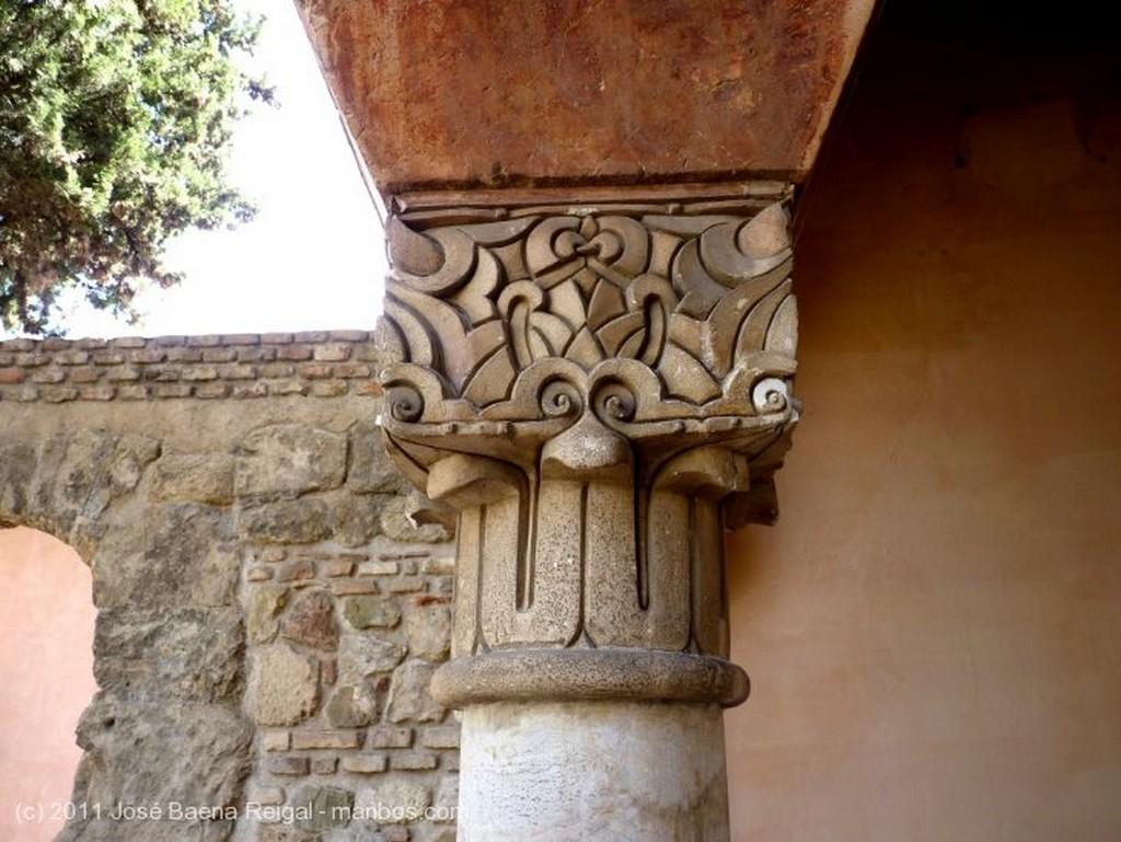 Malaga Decoracion del capitel Malaga