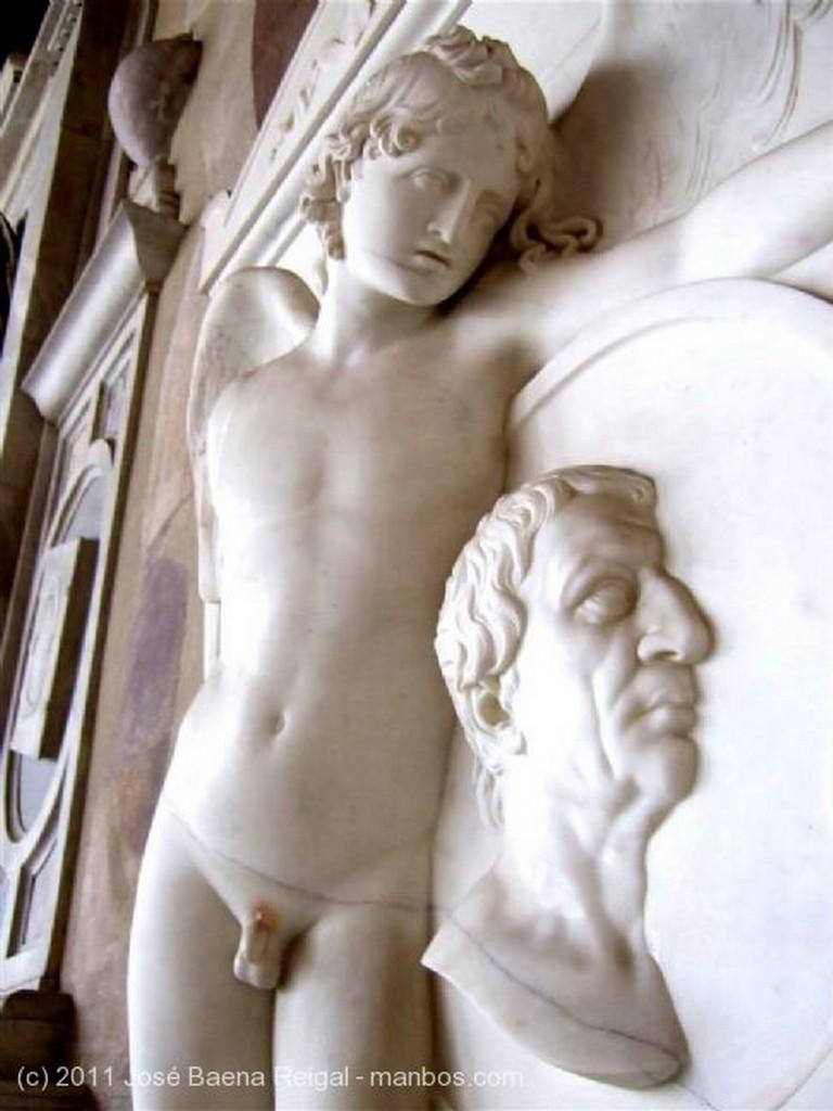 Pisa El Angel de la Muerte Toscana