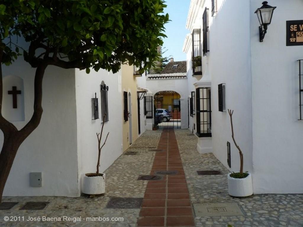 Fuengirola Plaza porticada Malaga