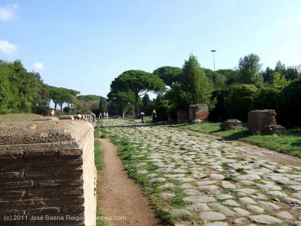 Ostia Antica Minerva como Victoria Alada Roma