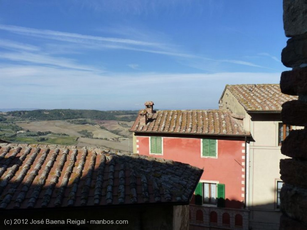 Montepulciano Arquitectura tradicional Siena