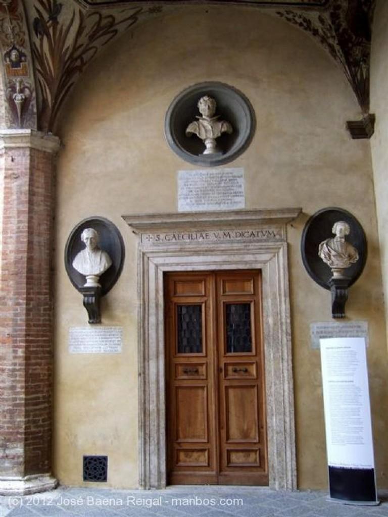 Siena Galeria del patio Toscana
