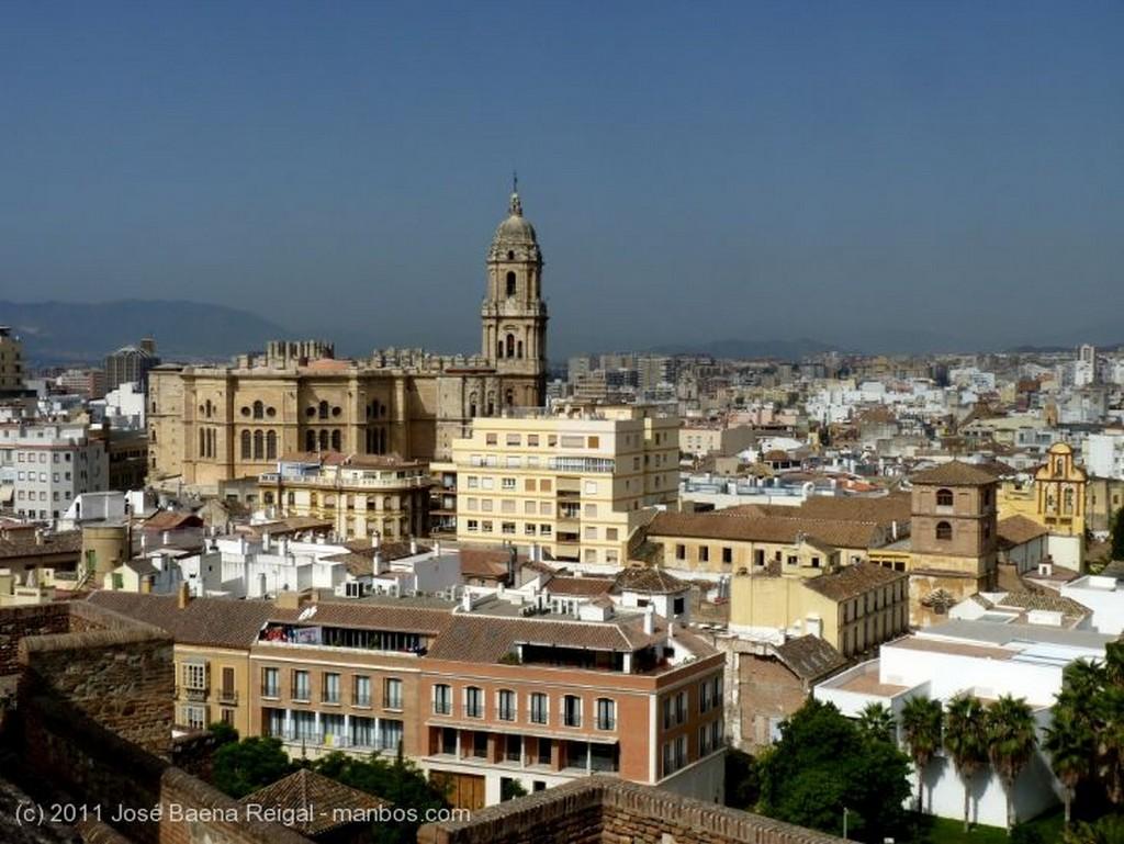 Malaga Patio columnado Malaga