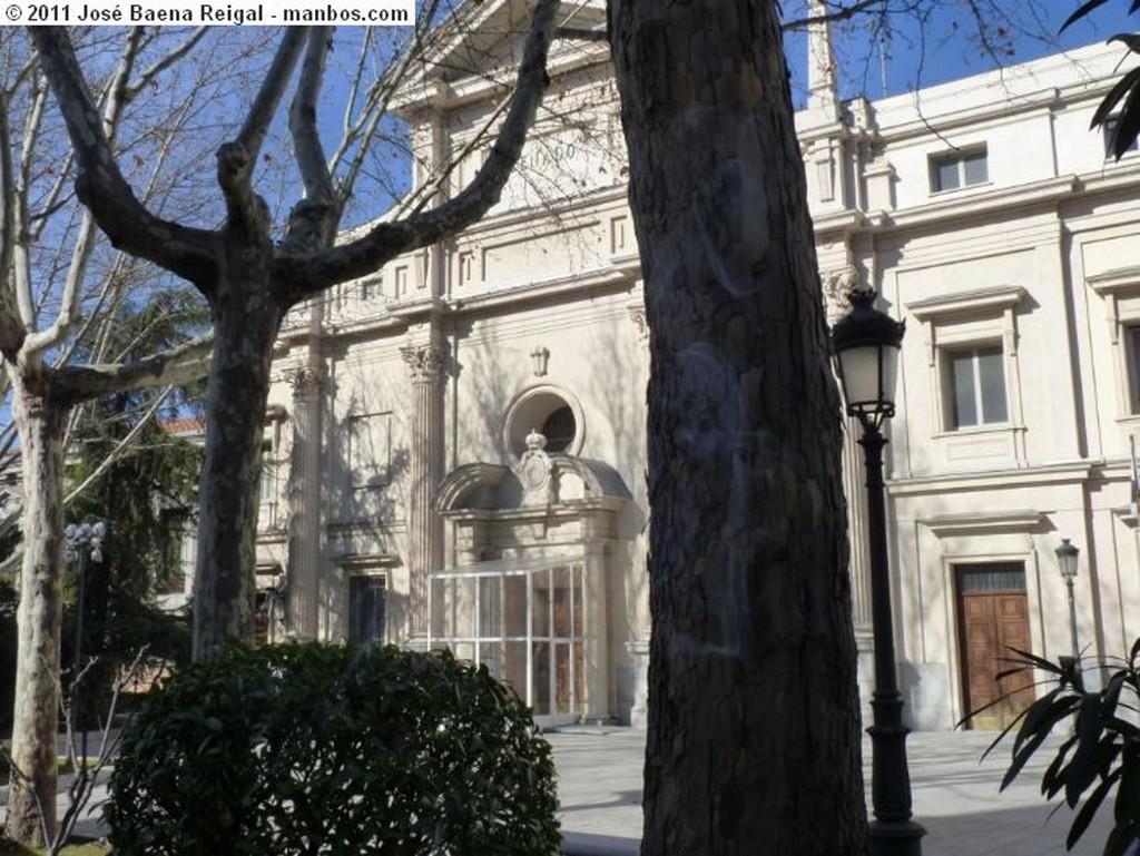 Madrid Monumento a Canovas del Castillo Madrid