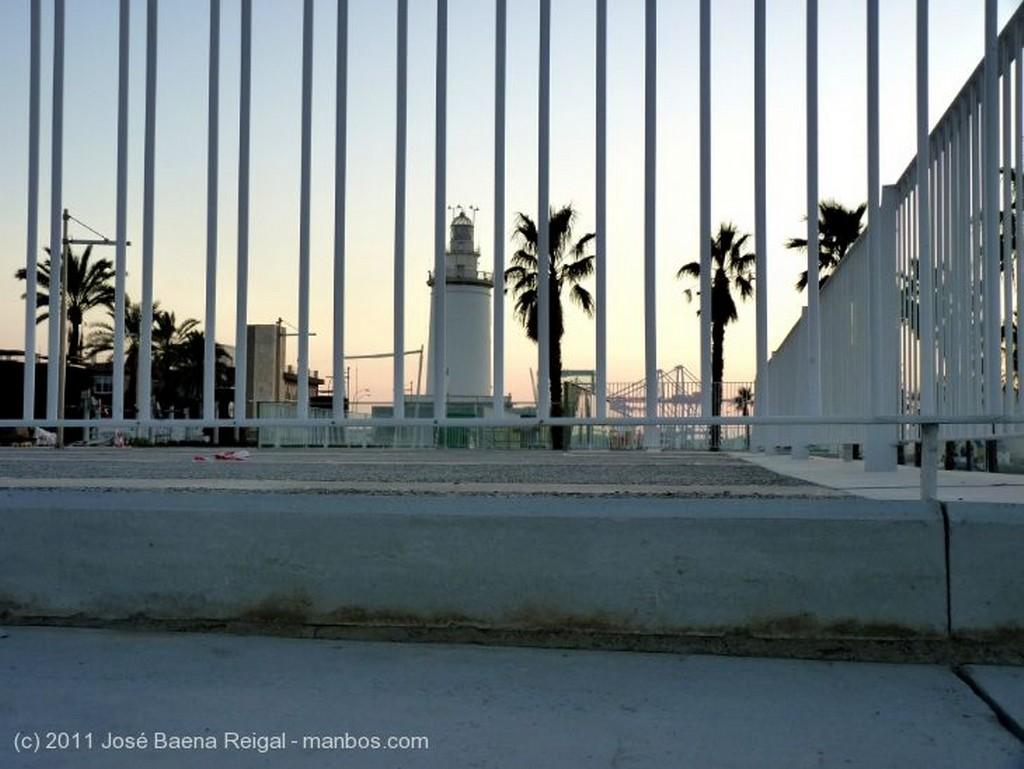 Malaga Al anochecer Malaga
