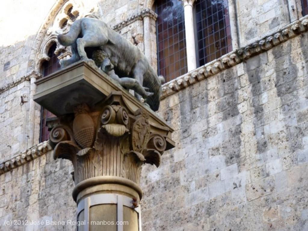 Siena Perfiles sieneses Toscana