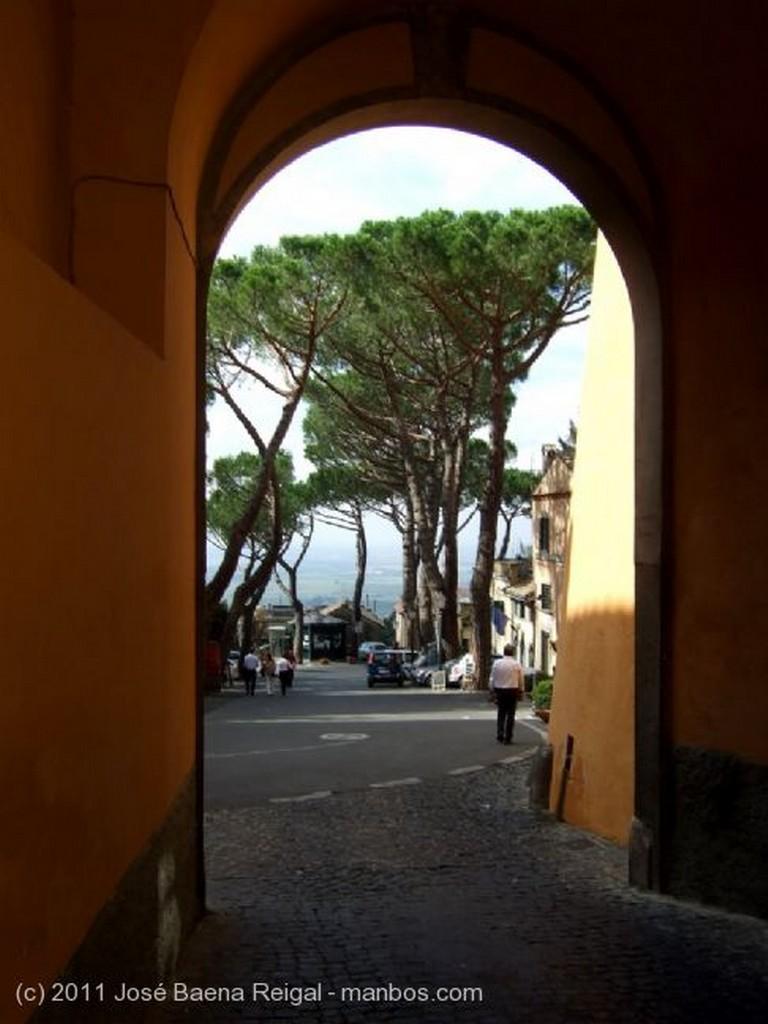 Castel Gandolfo Puerta de Clemente XIII  Lazio
