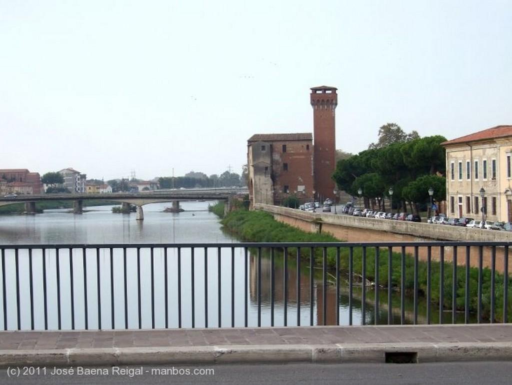 Pisa Lungarno Gambacorti Toscana