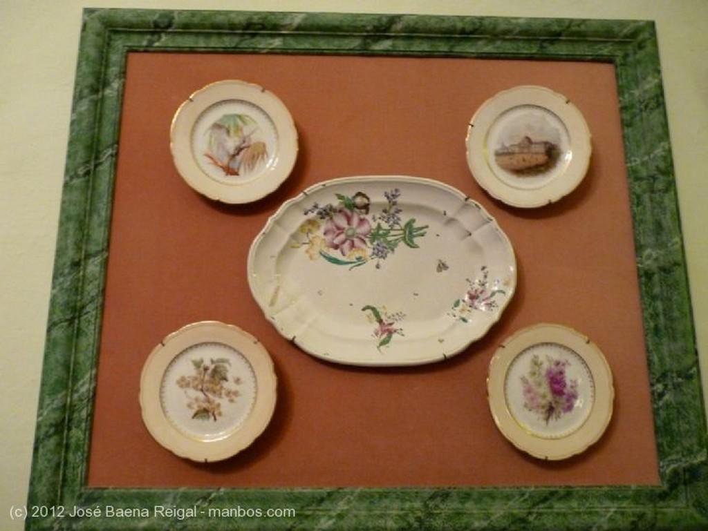 Volterra Reloj y porcelanas Pisa