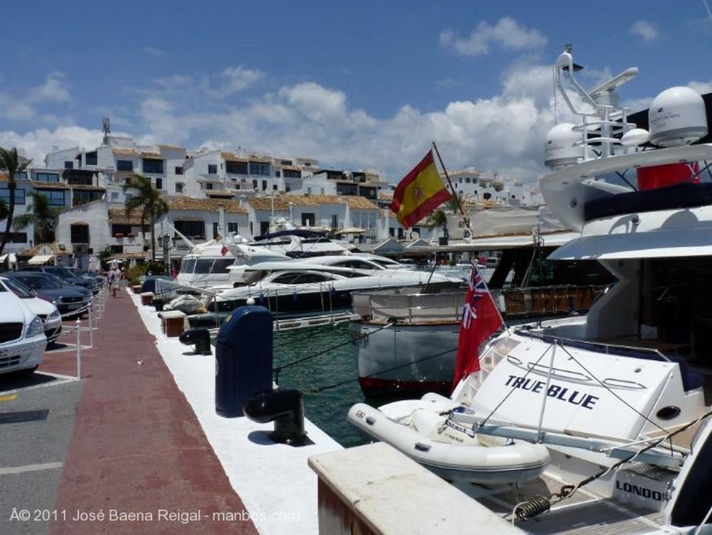 Marbella Paseo del Muelle Malaga