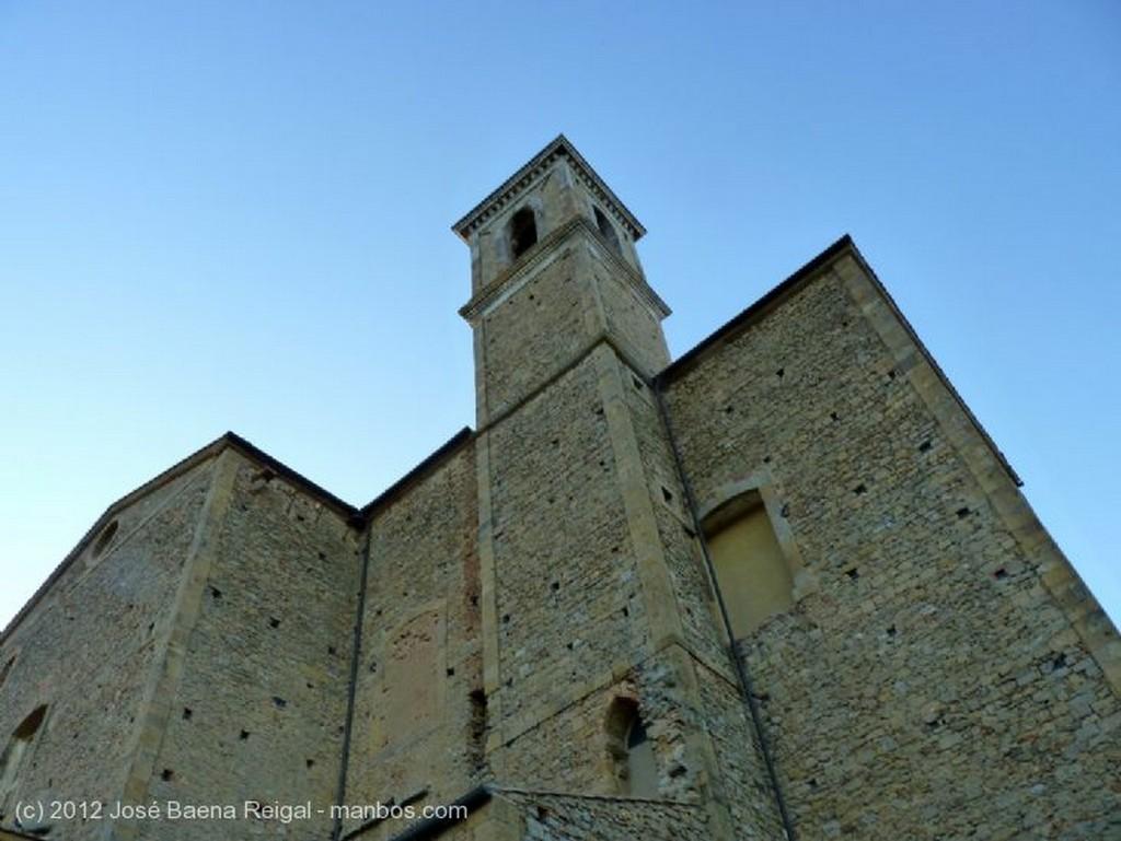 Volterra Bovedas y pilastras Pisa