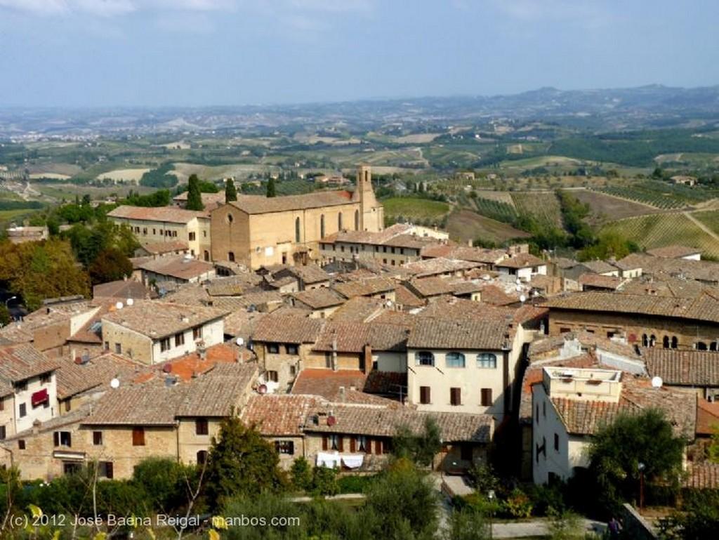 San Gimignano Vision irreal Siena