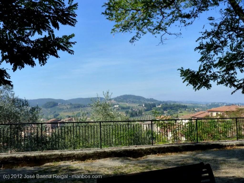 San Gimignano Cuando la naturaleza imita al arte Siena