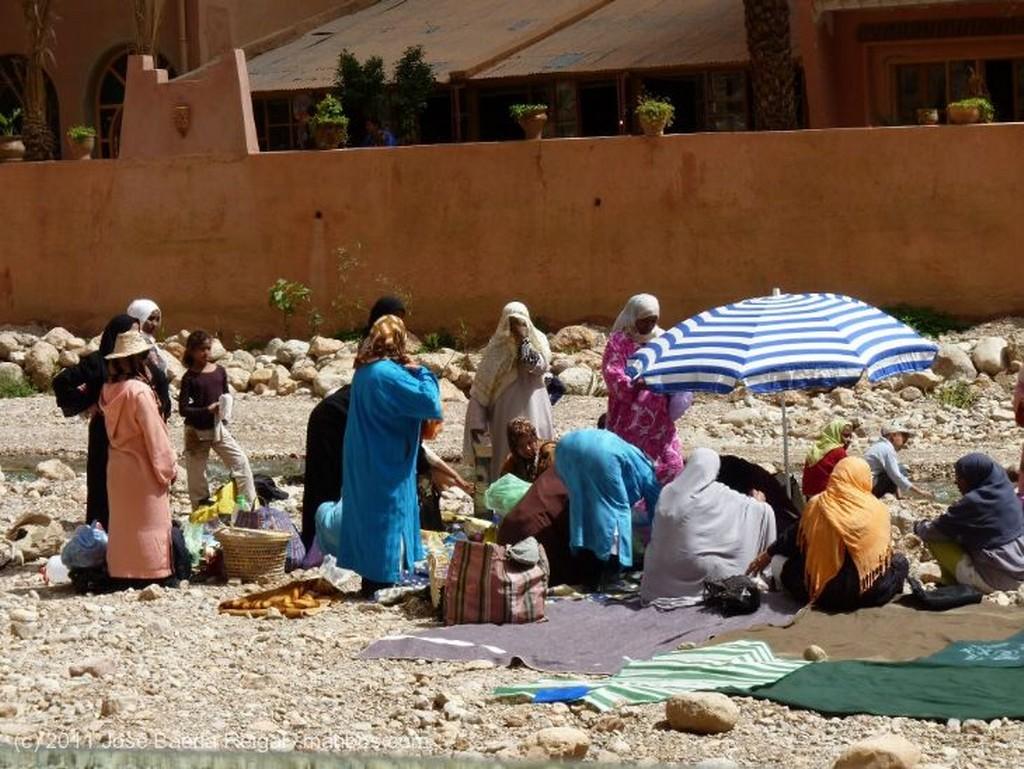 Gargantas del Todra Bien tapaditas Ouarzazate