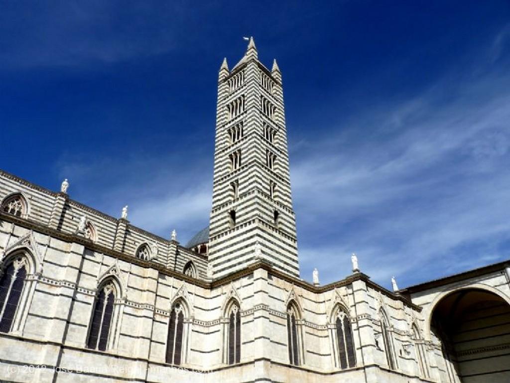 Siena Campanario y cupula Toscana