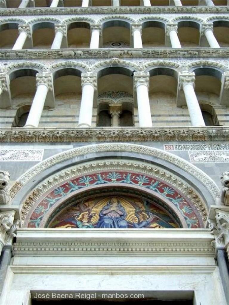 Pisa Fachada de Rainaldo Toscana