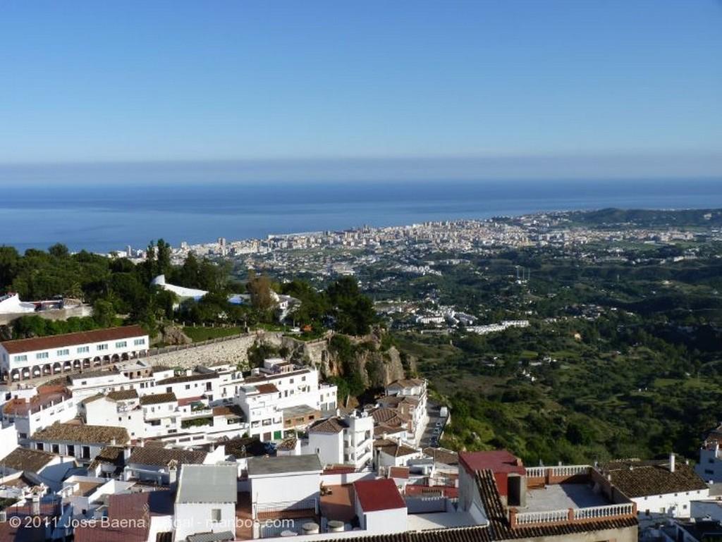 Mijas Iglesia y plaza de toros Malaga