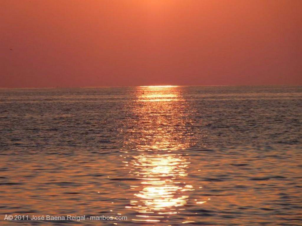 Marbella Puesta de sol en el mar Malaga