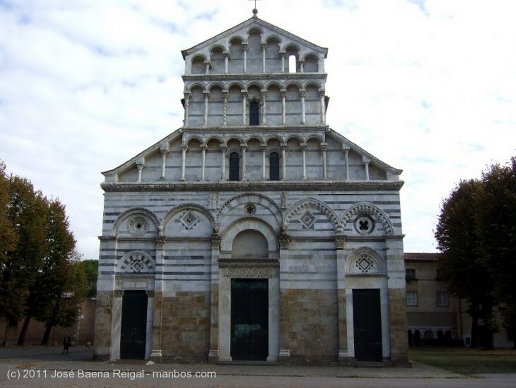 Pisa Crucero de San Paolo a Ripa Toscana