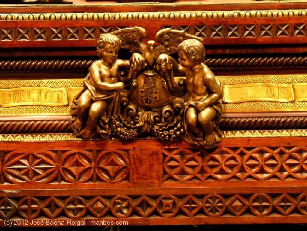 Malaga Trono del Santo Sepulcro, detalle Malaga