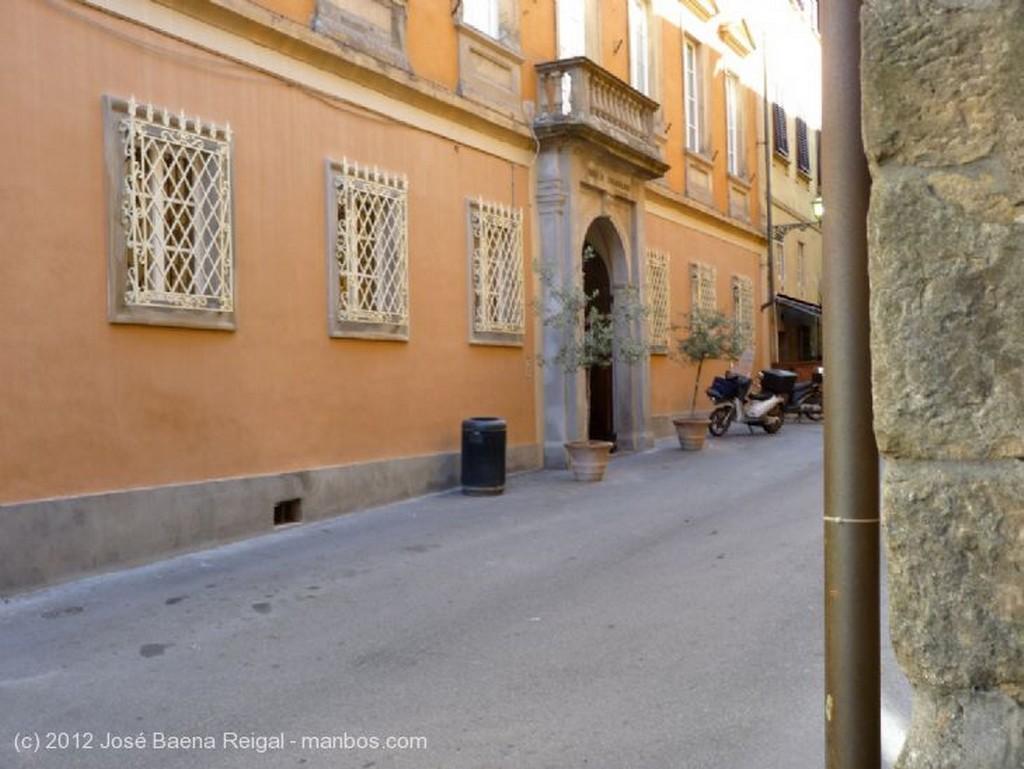 Volterra Terraza ajardinada Pisa
