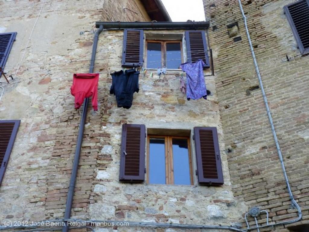 San Gimignano Como flechas al cielo Siena