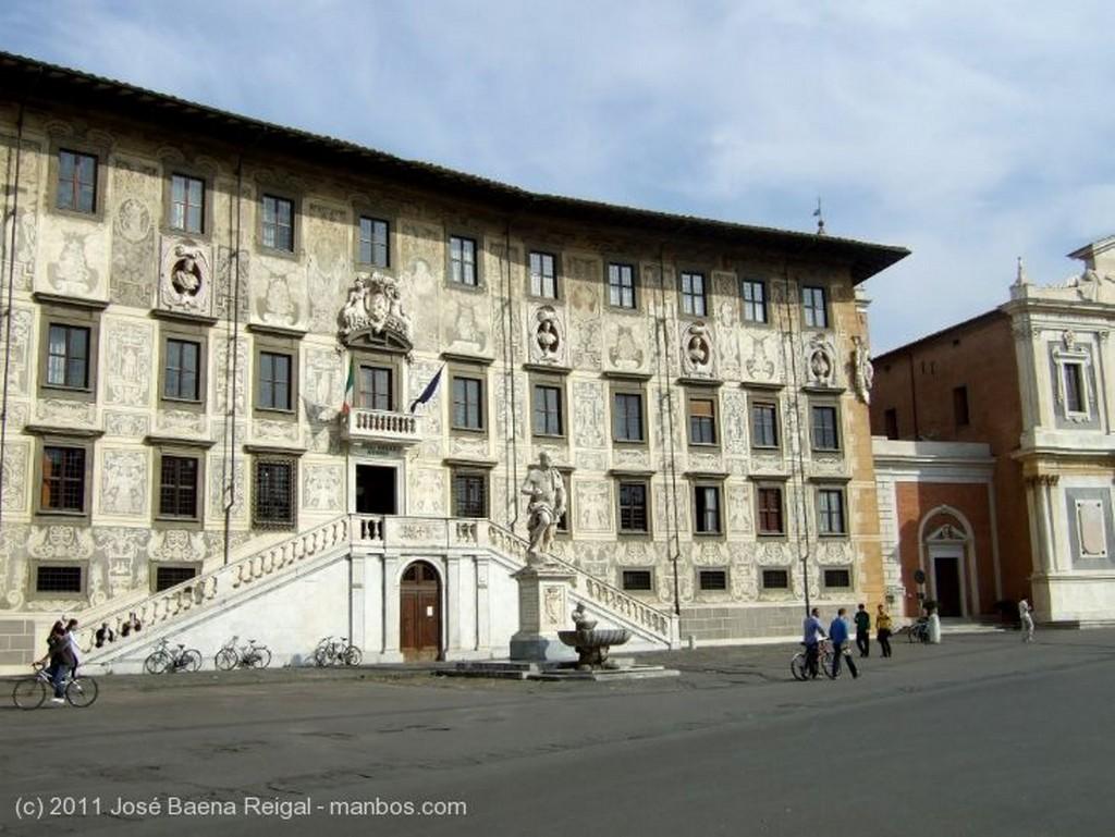 Pisa Lapida neoclasica Toscana