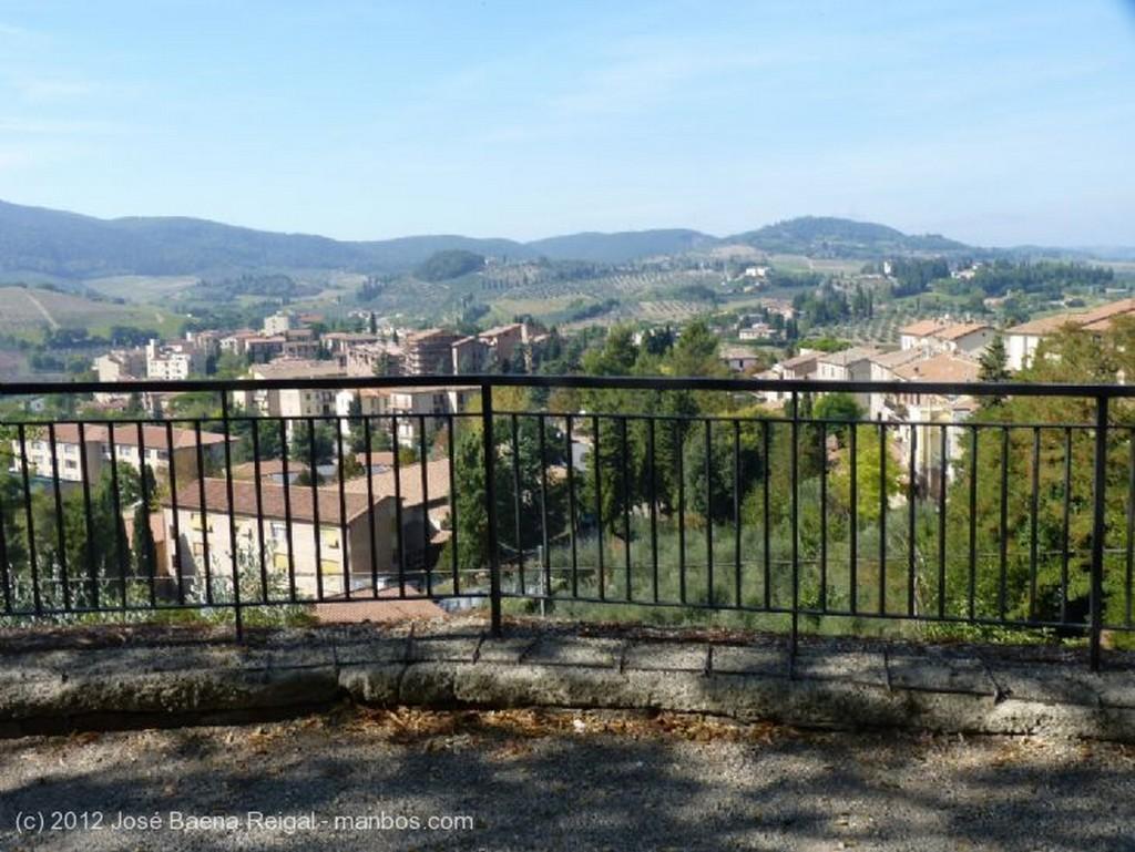 San Gimignano Estan locos estos romanos... Siena