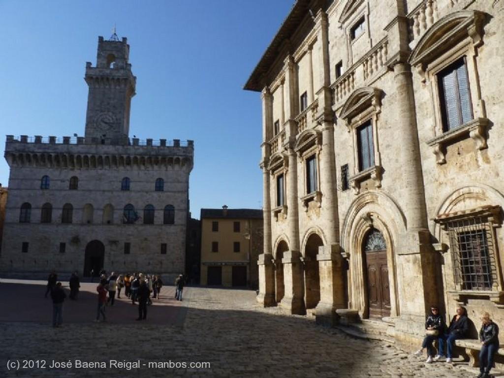 Montepulciano Pavimento inclinado Siena