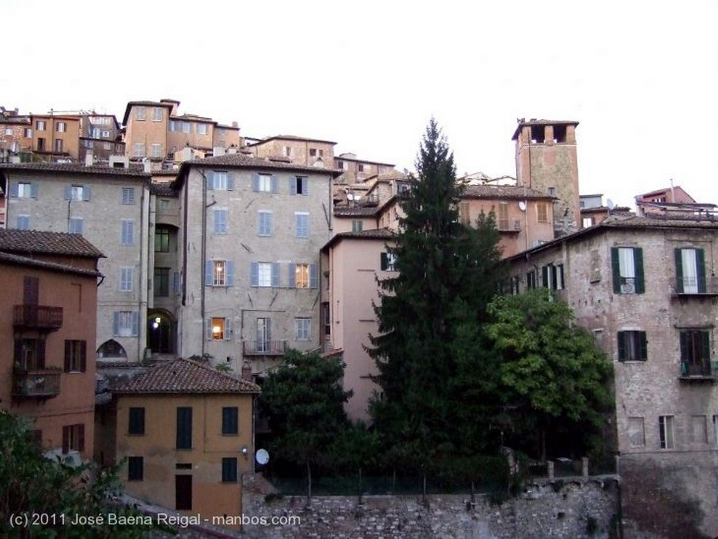 Perugia Ultimos rayos de sol Umbria