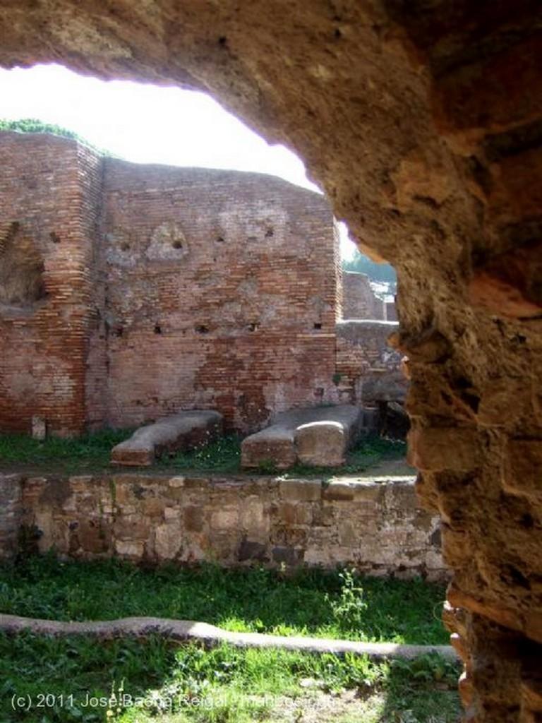 Ostia Antica Via de la Palestra Roma