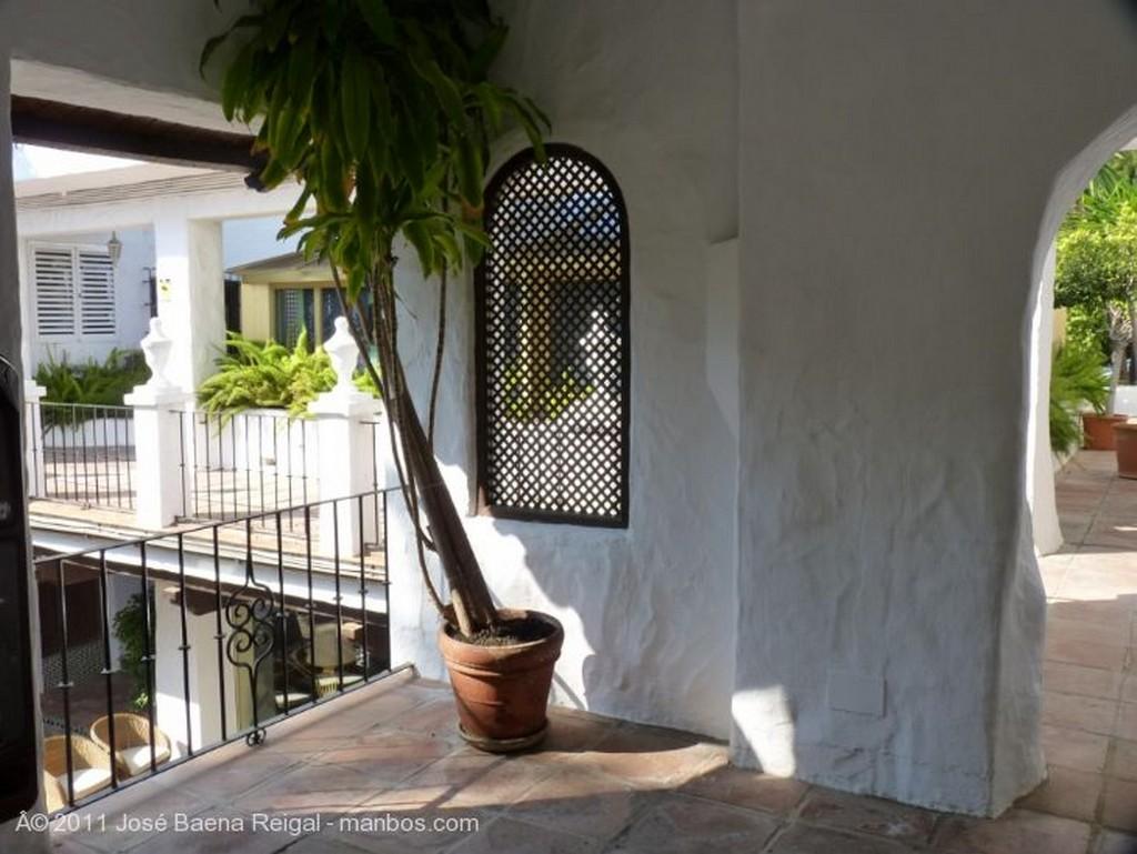 Marbella Galeria cubierta Malaga