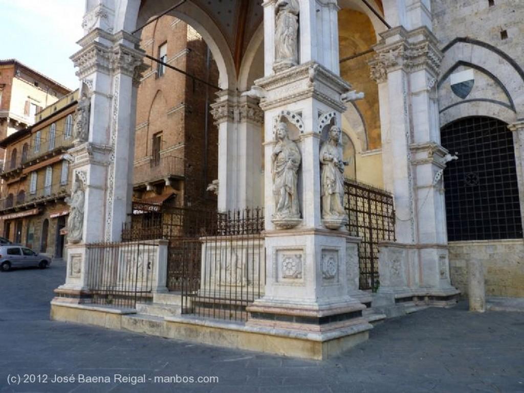 Siena Baranda de hierro forjado Toscana