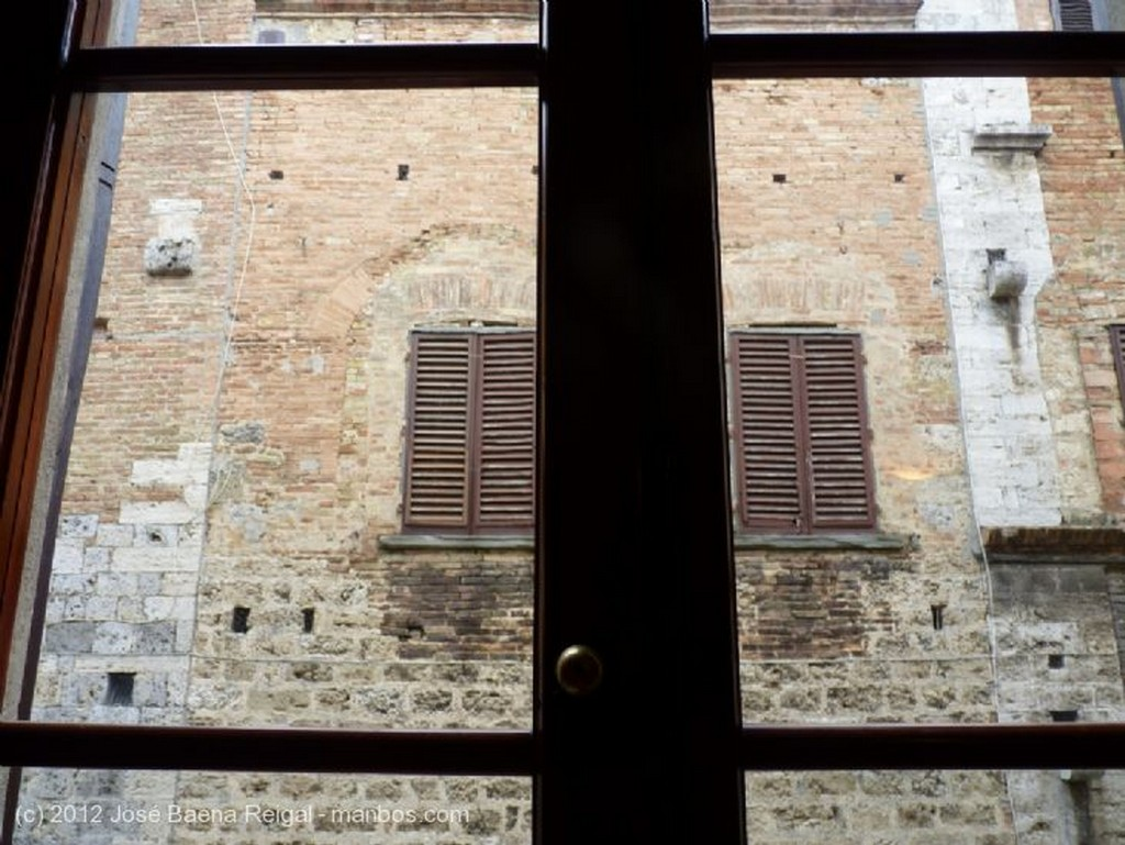 San Gimignano Palazzo del Comune y Torre Grossa Siena