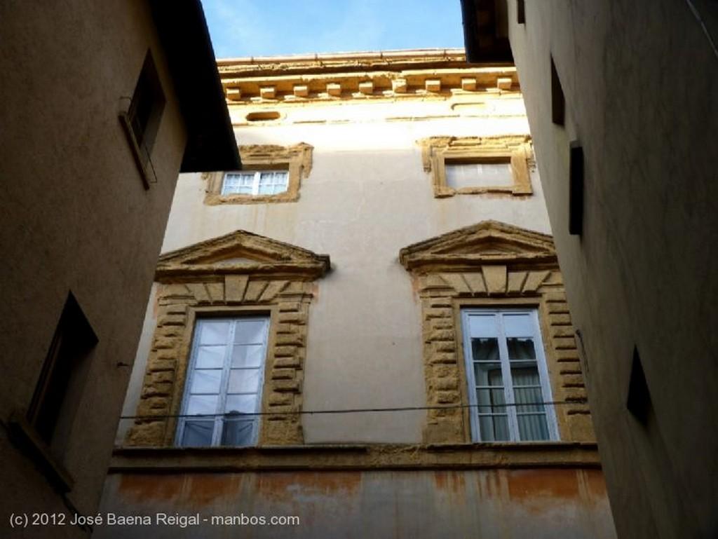 Volterra Lejos del mundanar ruido  Pisa
