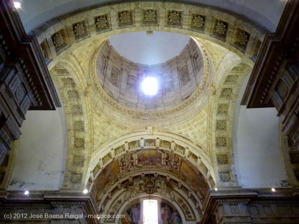 Montepulciano Velas a la Madonna Siena