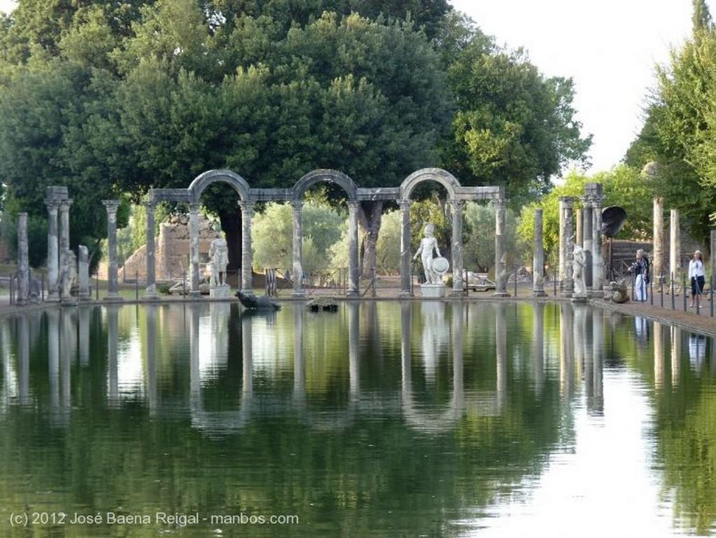 Villa Adriana Lineas de fuga Roma