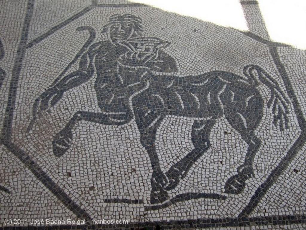 Ostia Antica Enlosado suntuoso Roma